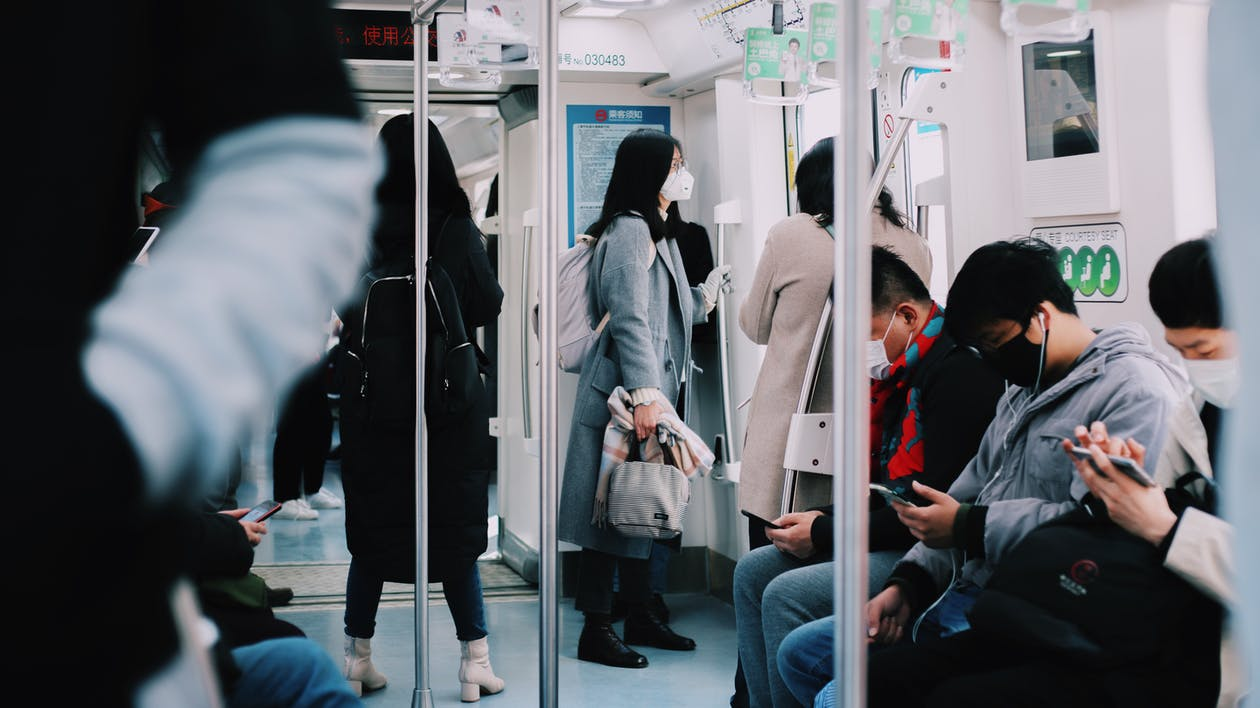 Gente Dentro De Un Tren