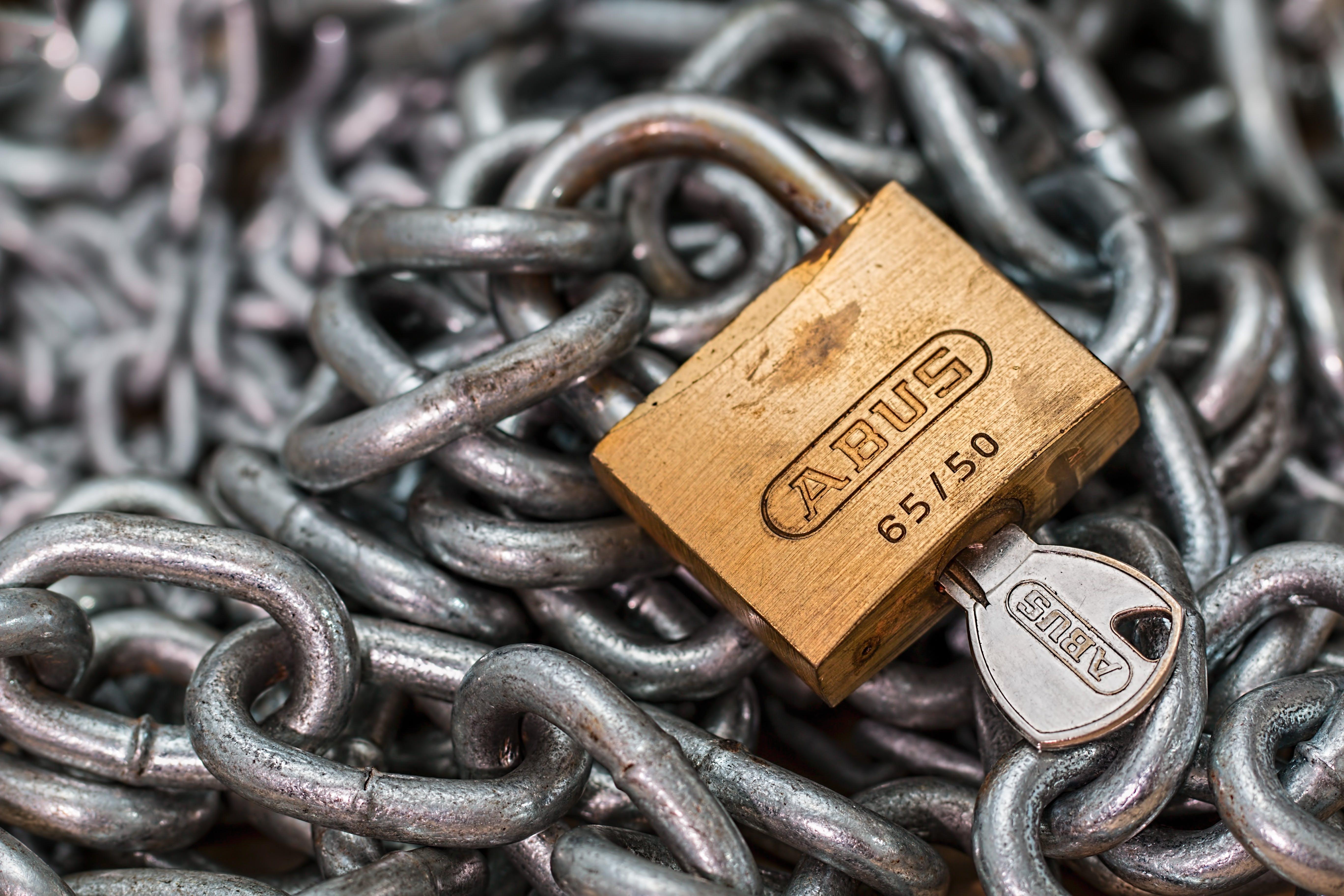 Gratis lagerfoto af beskyttet, kæde, lås, nøgle