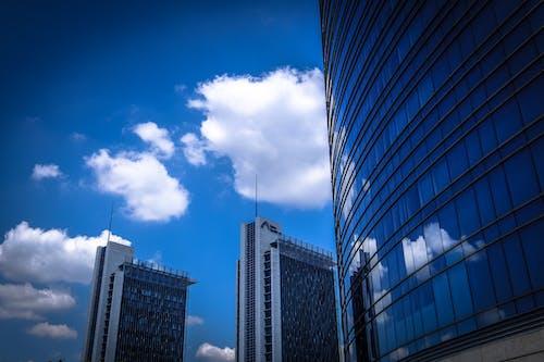 Foto stok gratis Arsitektur, awan, baja, bangunan