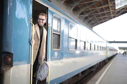 Darmowe zdjęcie z galerii z dworzec kolejowy, kolej, lokomotywa