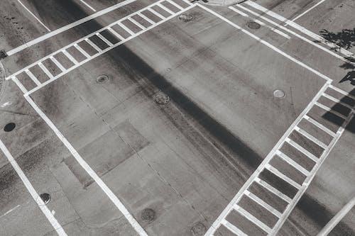 Fotos de stock gratuitas de calle, cruce, cruce de caminos, encrucijada
