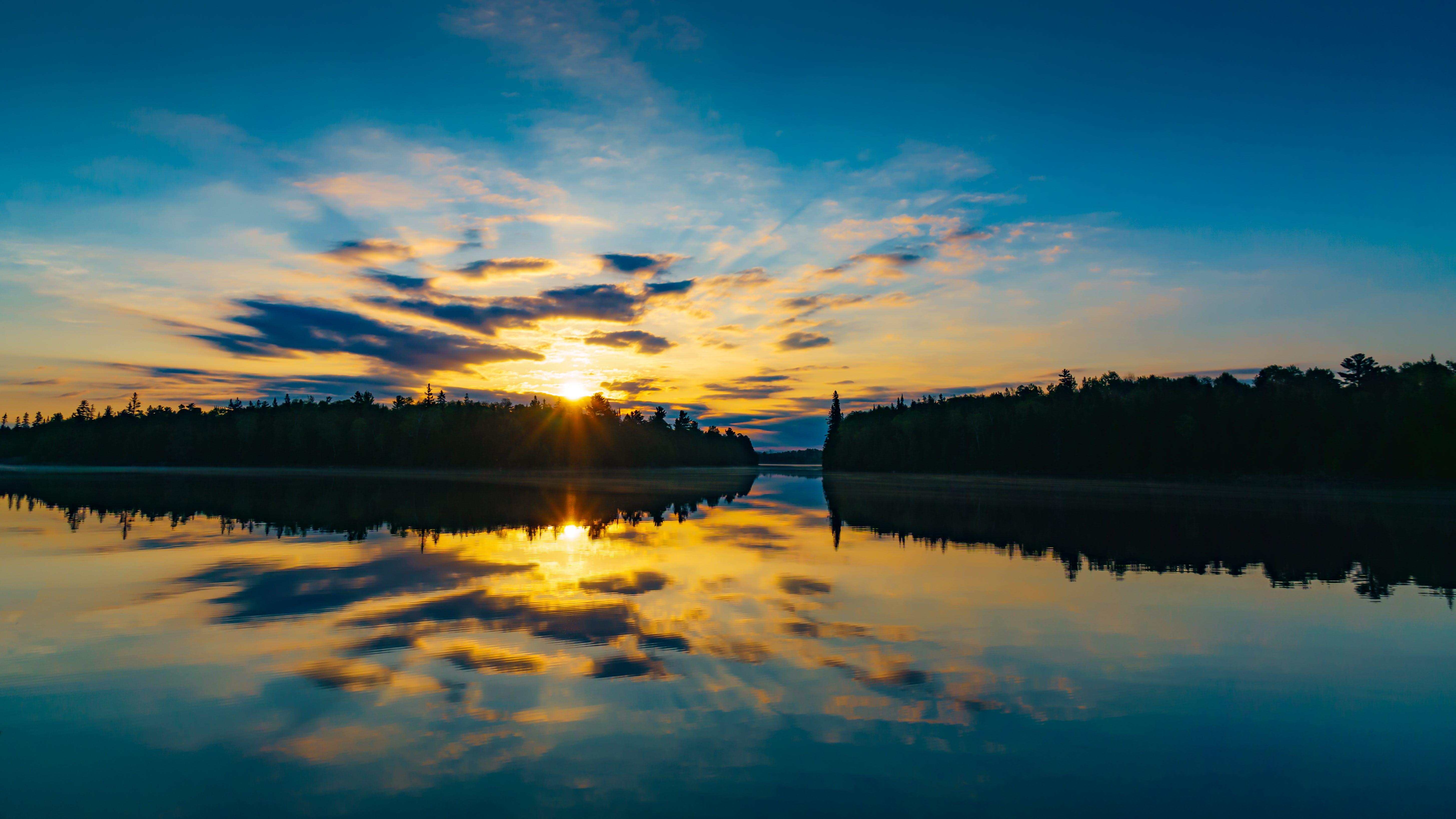 Kostenloses Stock Foto zu bäume, blauer himmel, dämmerung, friedlich