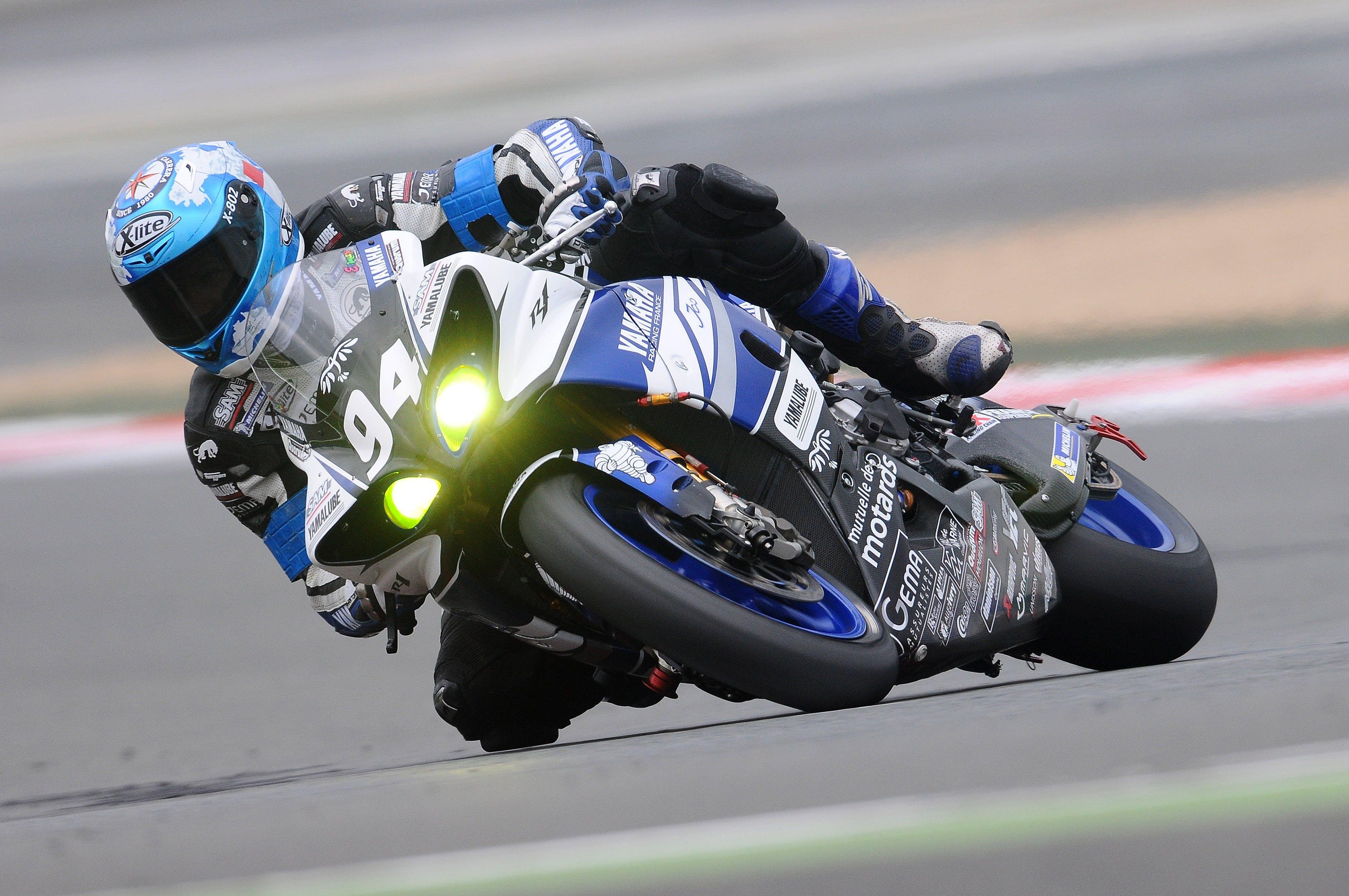 Blue Yamaha R1