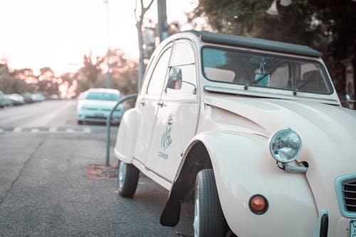 Free stock photo of car, courier, light
