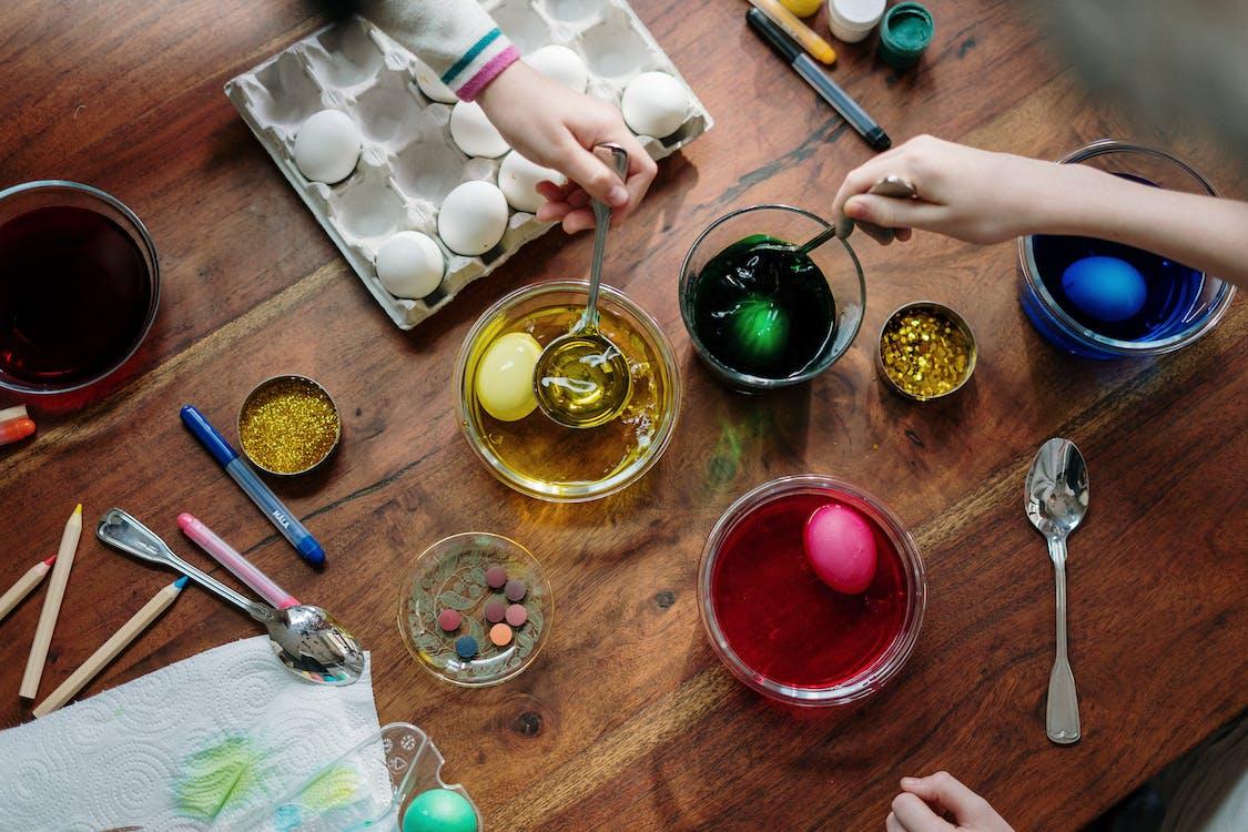 Eggs Dip on Colorful Liquids