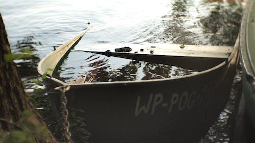 Imagine de stoc gratuită din barcă mică cu vâsle, cu barca scufundată, dinghy, sinked