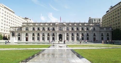 Foto profissional grátis de arquitetura, castelo