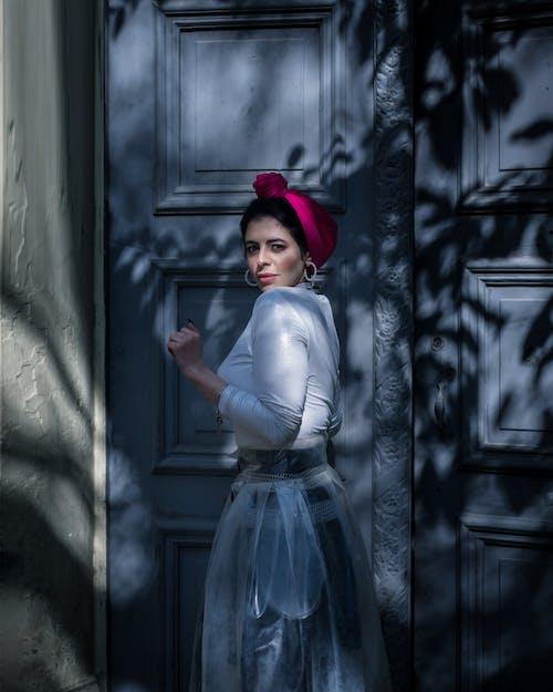 Gratis lagerfoto af fotosession, gadeportræt, gadestil, hijab