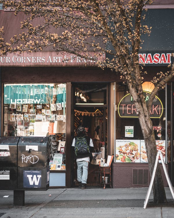 Photos gratuites de boutique, chaussée, façade