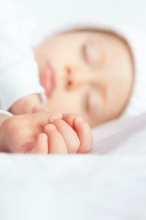 Gratis lagerfoto af baby, barn, nuttet, nyfødt