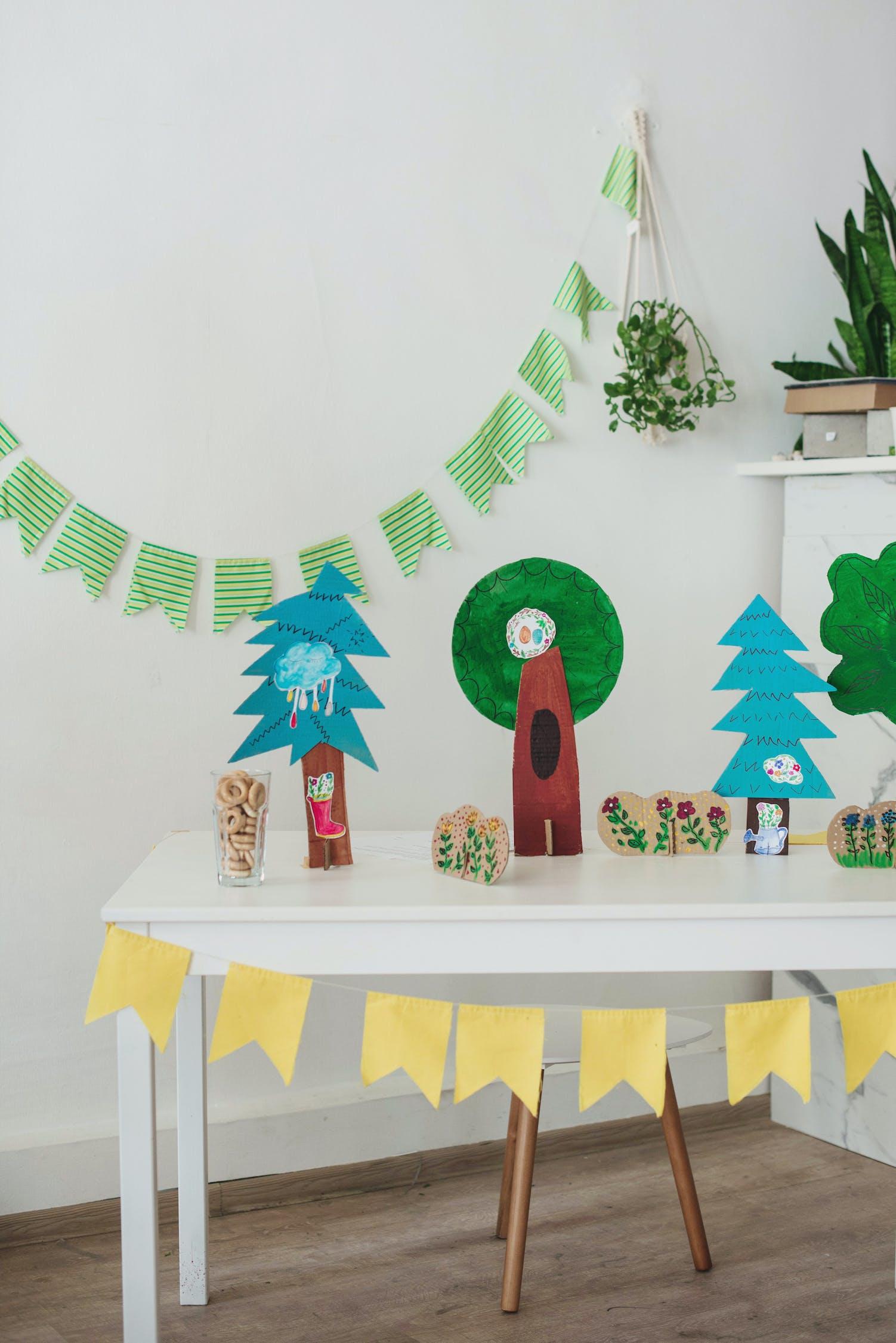 Decorate the House   Beanstalk Mums