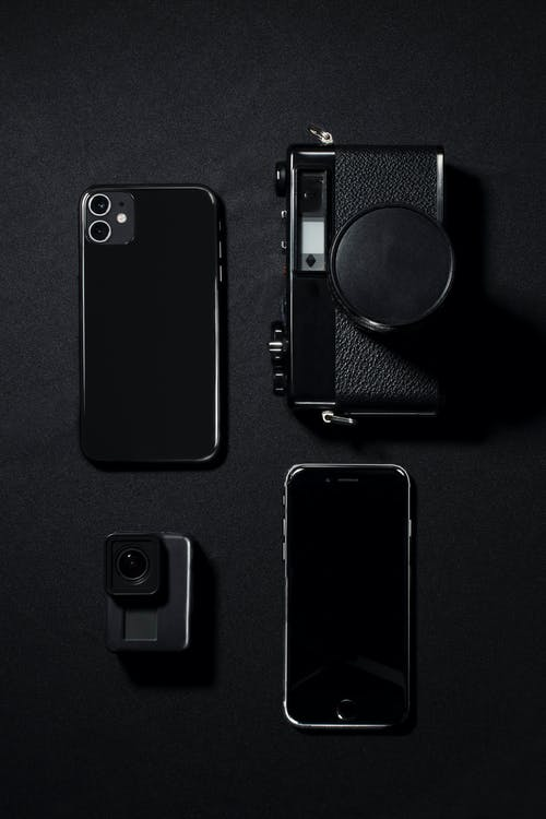 Black Iphone 7 With Black Case