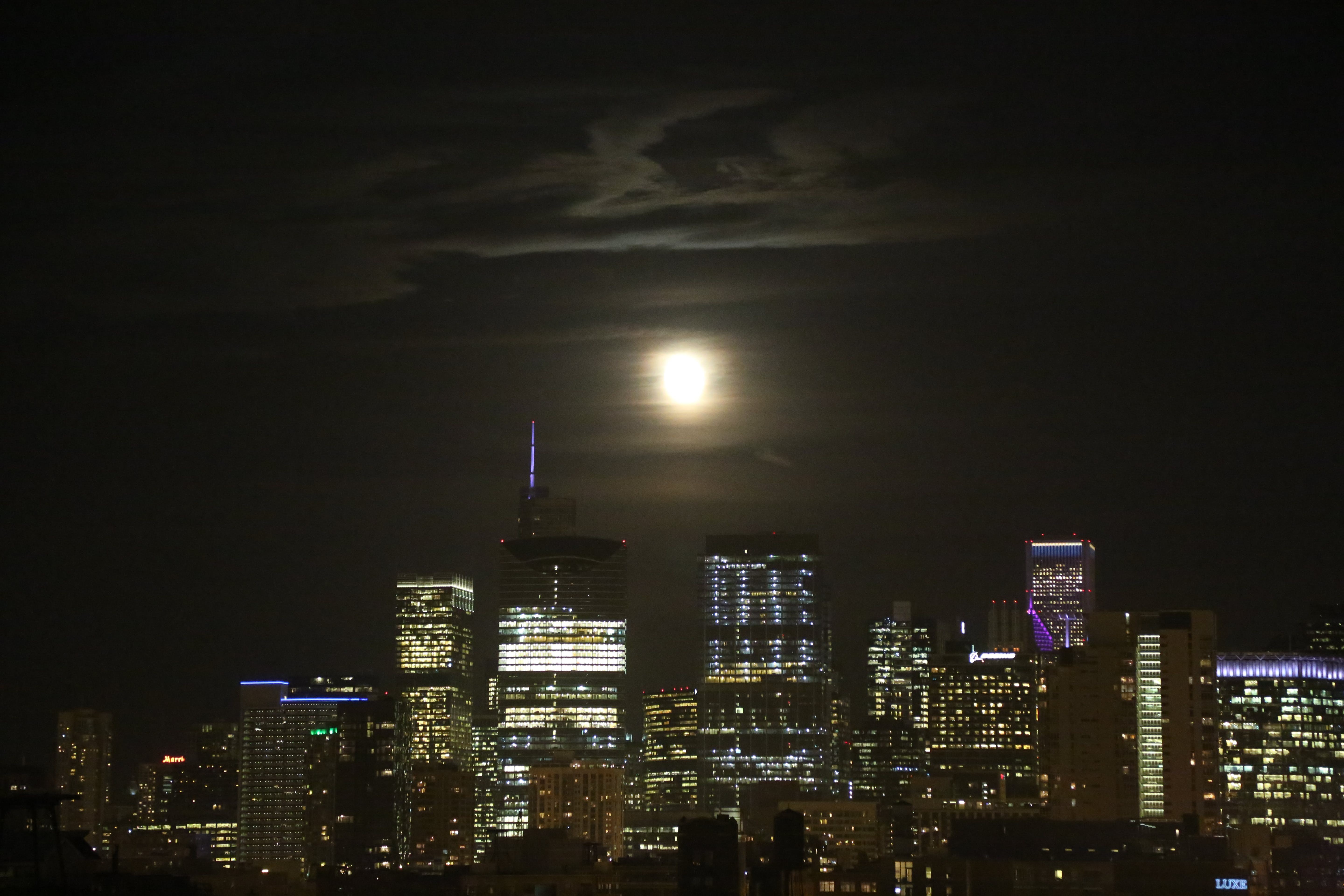Free stock photo of Chicago Moon Rise