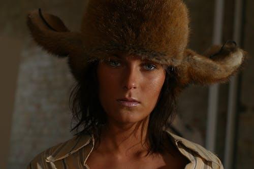 Základová fotografie zdarma na téma hezký, klobouk, kožešina, krásný