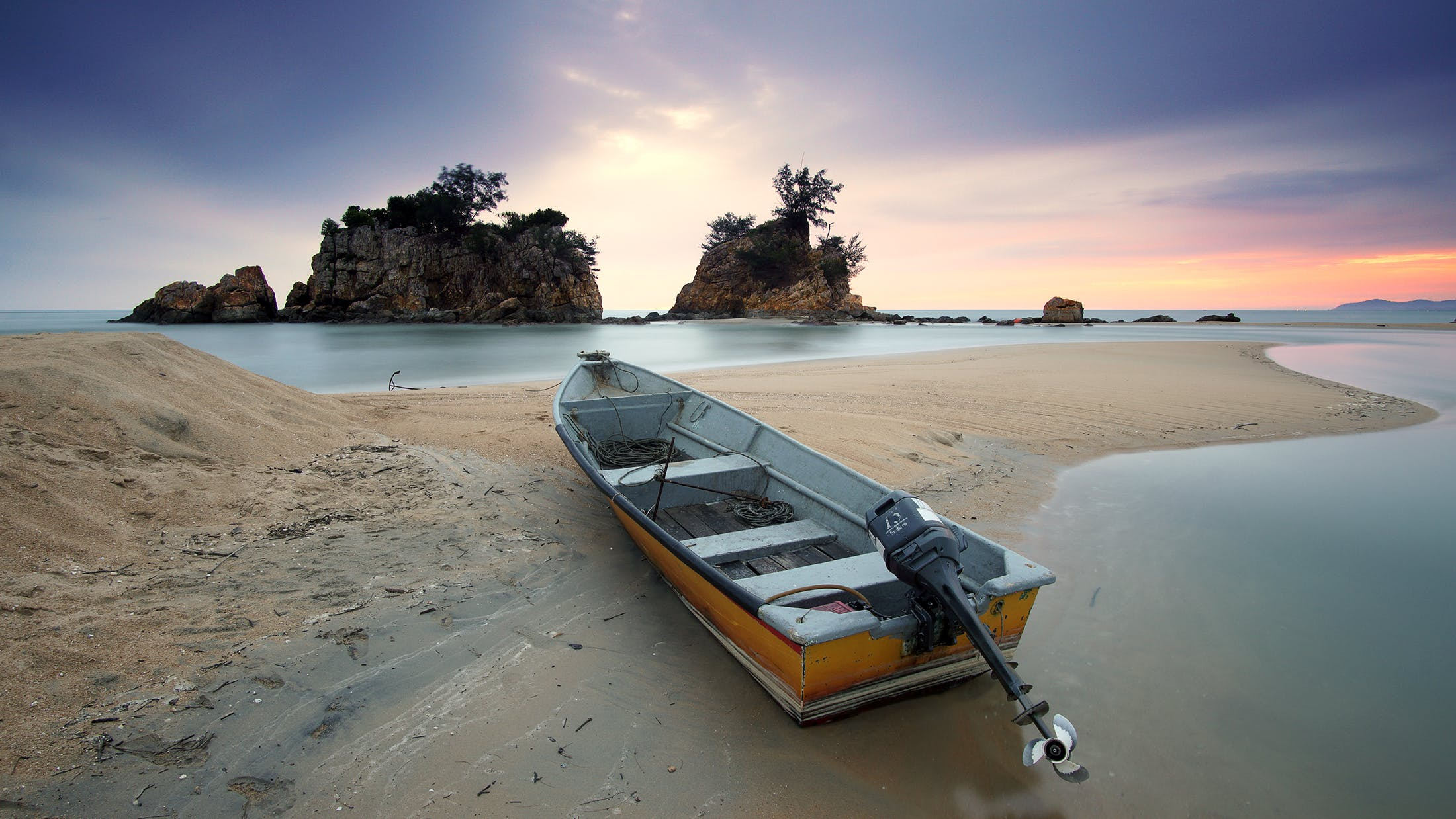 Gray and Brown Boat Docking on Seashore