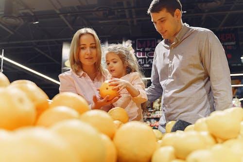 Безкоштовне стокове фото на тему «акції, апельсин, батьки»