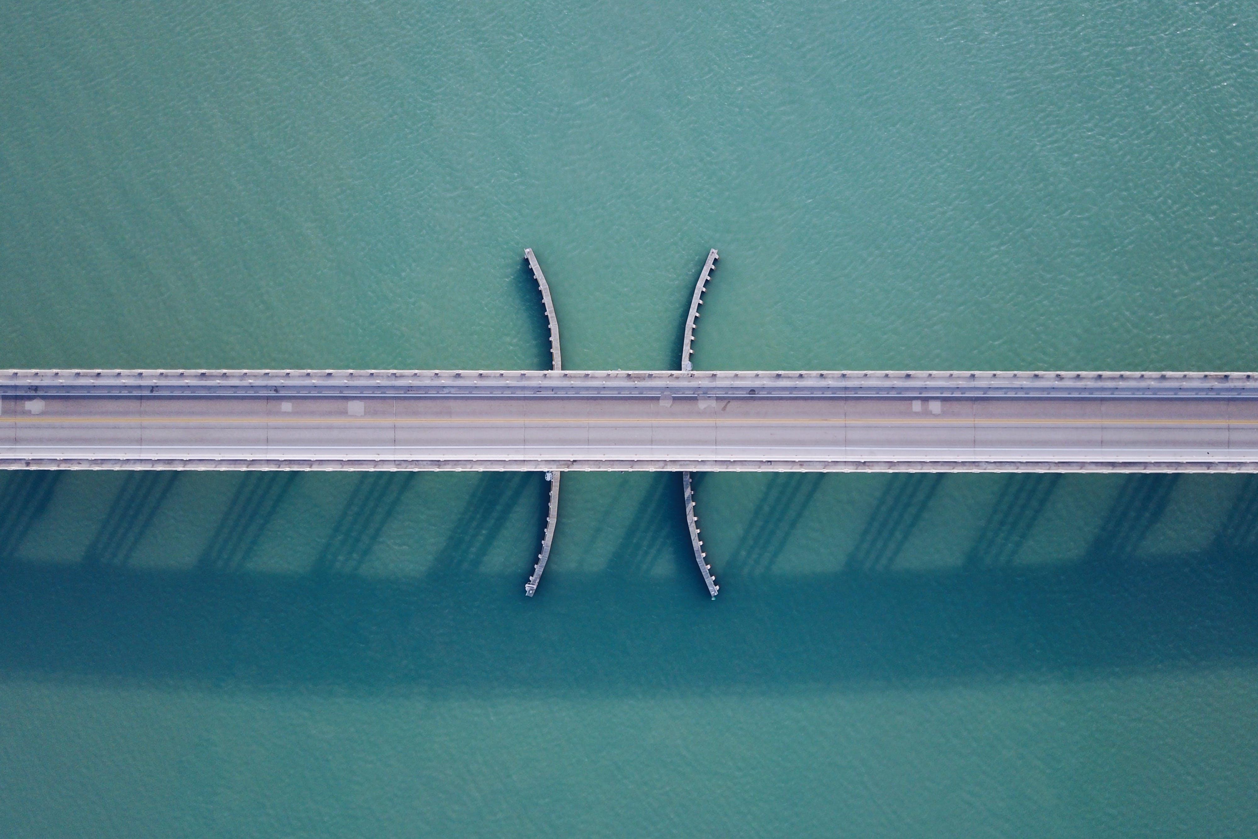 Grey Bridge Connection