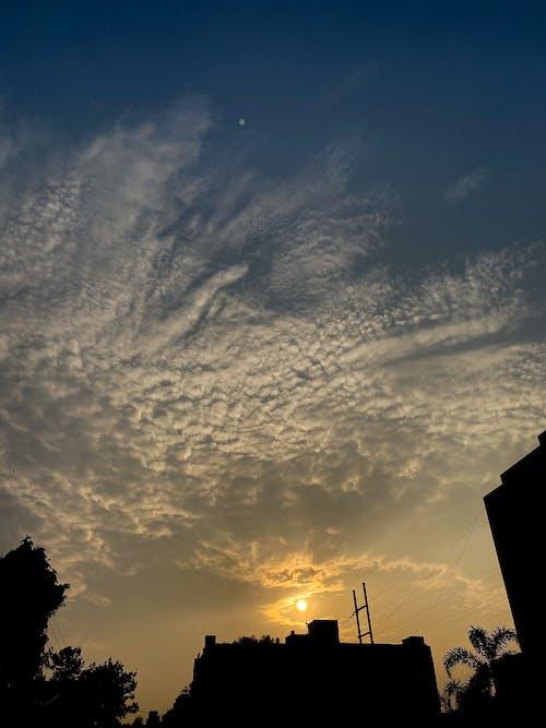 Free stock photo of #mobilechallenge, #moon, #outdoorchallenge, #pexels