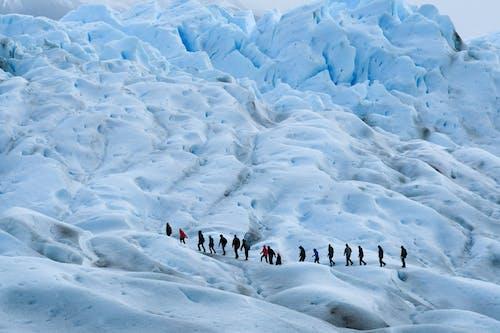 Gratis stockfoto met avontuur, beklimmen, berg, buiten