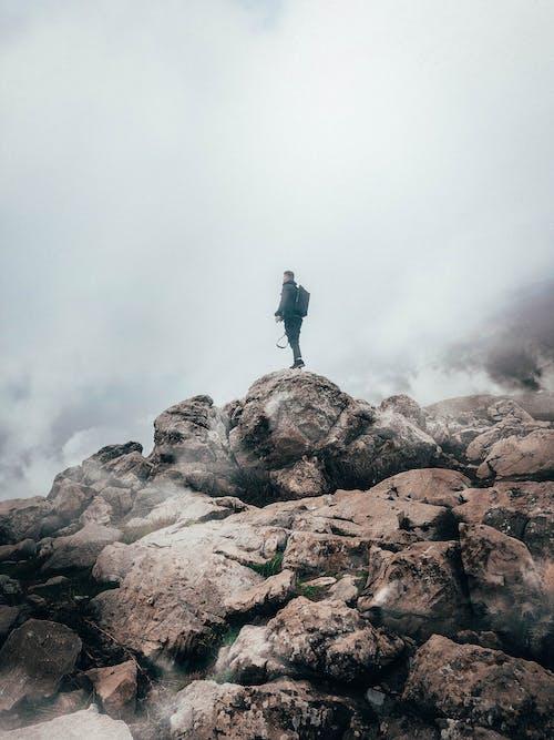 Gratis stockfoto met avontuur, beklimmen, bergbeklimmer, buiten