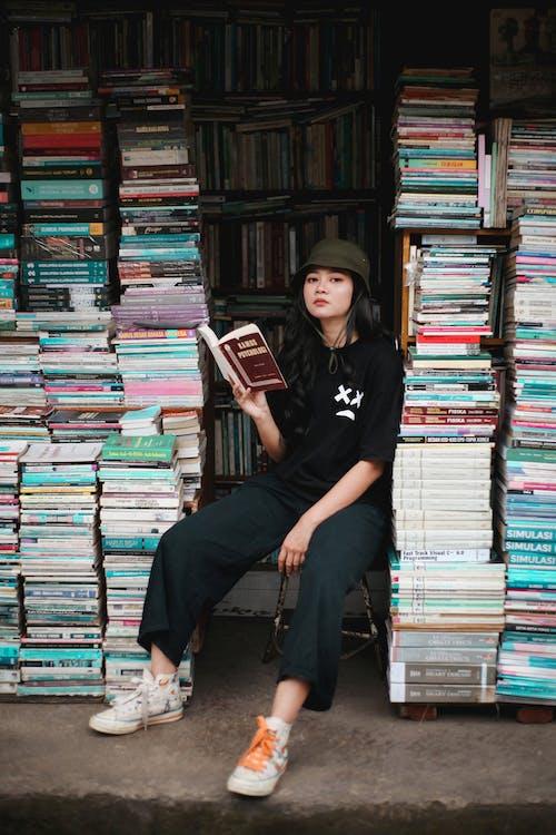 Gratis lagerfoto af bog, bøger, boghandel
