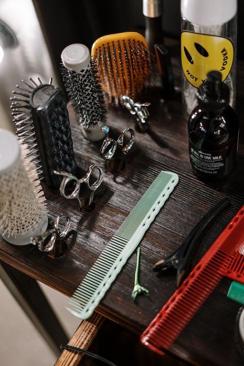 Бесплатное стоковое фото с аксессуар для волос, вертикальный, волос
