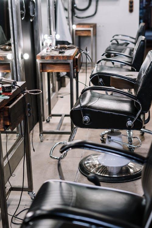 Безкоштовне стокове фото на тему «бізнес, віддзеркалення, внутрішній, кімната»
