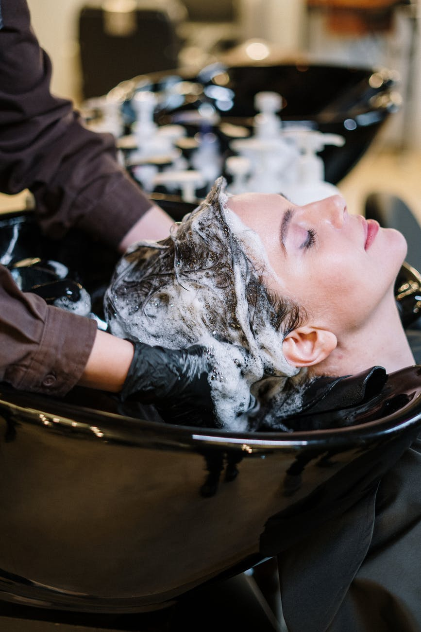 Proper hair care routine for dandruff