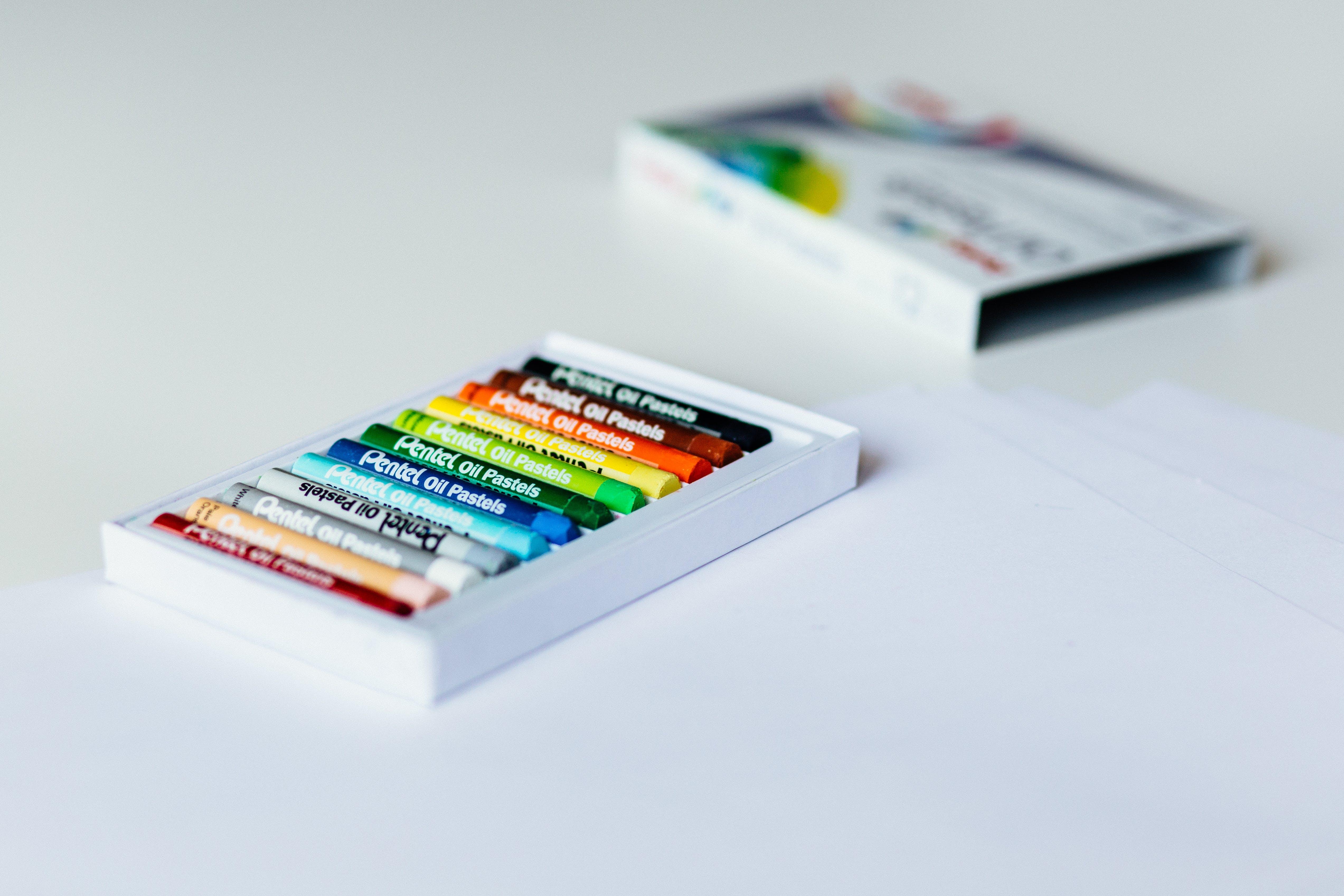 Kostenloses Stock Foto zu box, farbe, kunst, materialien