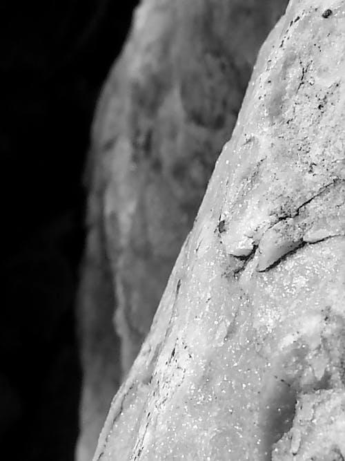 Gratis lagerfoto af natur, sort-hvid, sten