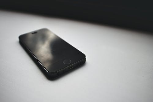 Бесплатное стоковое фото с iphone, белый, контраст