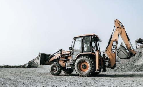 Immagine gratuita di attrezzatura, bulldozer, camion, costruzione