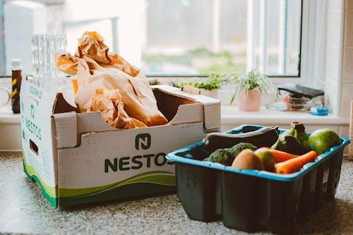 Kostenloses Stock Foto zu box, container, erzeugen, essen