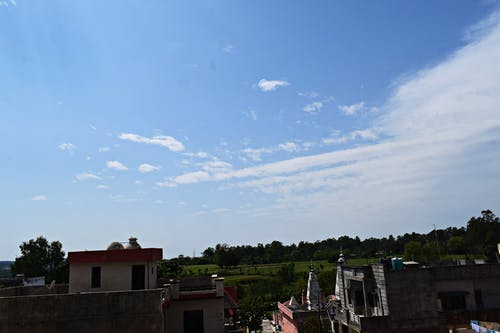 Darmowe zdjęcie z galerii z atmosfera, chmury, ciemny, dach