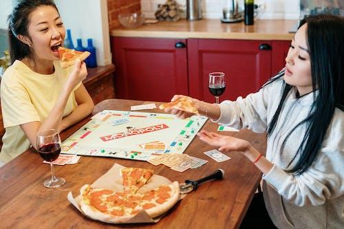 Kostnadsfri bild av bord, Brädspel, händer, hem