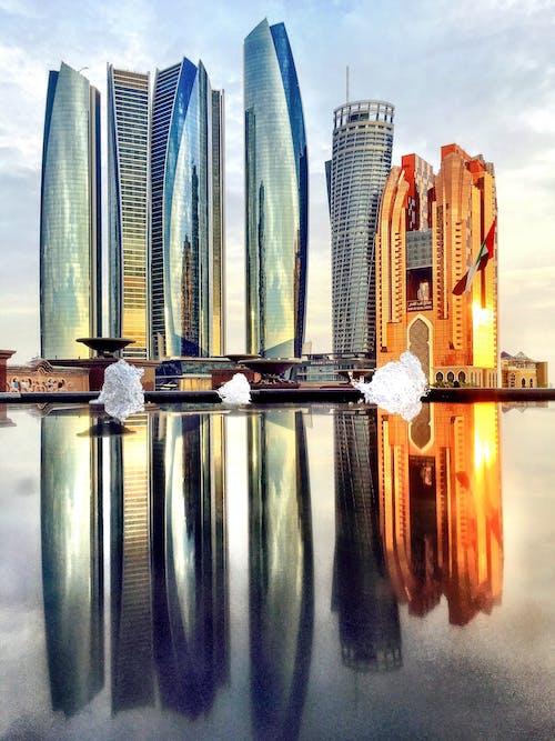 Kostnadsfri bild av abu dhabi, apelsin, glans, höga byggnader
