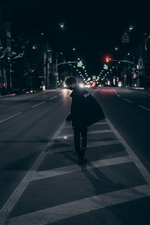Gratis lagerfoto af by, downtown, mand, person