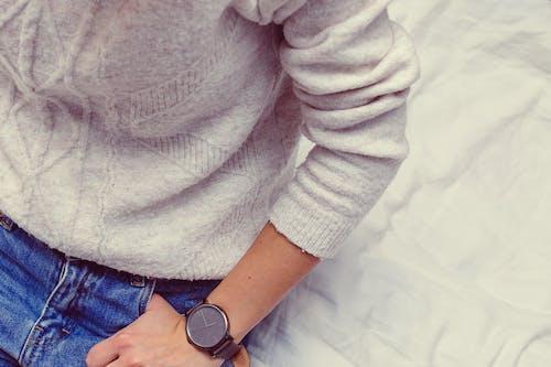 Základová fotografie zdarma na téma detail, dospělý, džíny, kryt