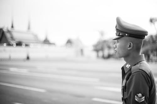 Бесплатное стоковое фото с вид сбоку, военная форма, военный
