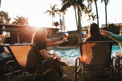 Fotos de stock gratuitas de afuera, aire libre, al aire libre, amistad