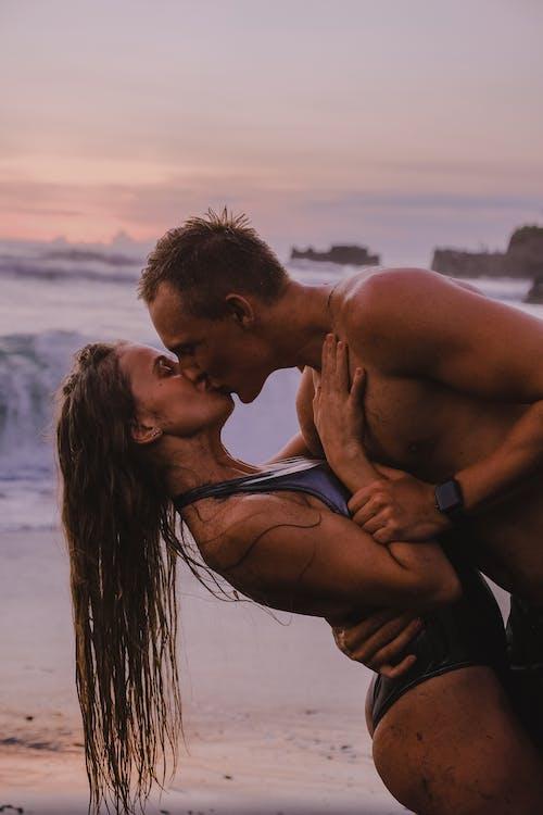 Immagine gratuita di amore, baciando, bacio, bali