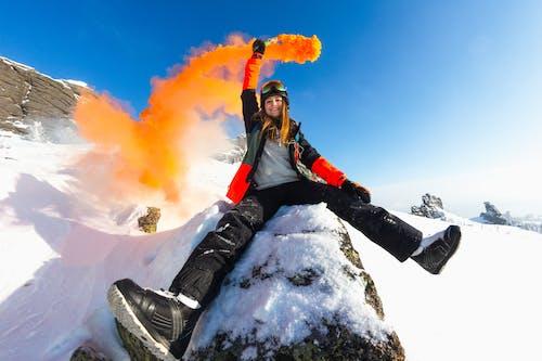 Gratis stockfoto met berggebied, Bos, fel, gekleurde rook