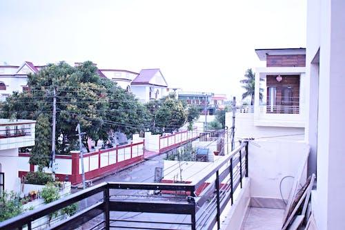 Darmowe zdjęcie z galerii z apartament, budowa, budynek, dach