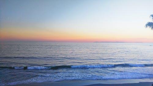 Fotobanka sbezplatnými fotkami na tému oceán, pláž, vodné teleso, západ slnka