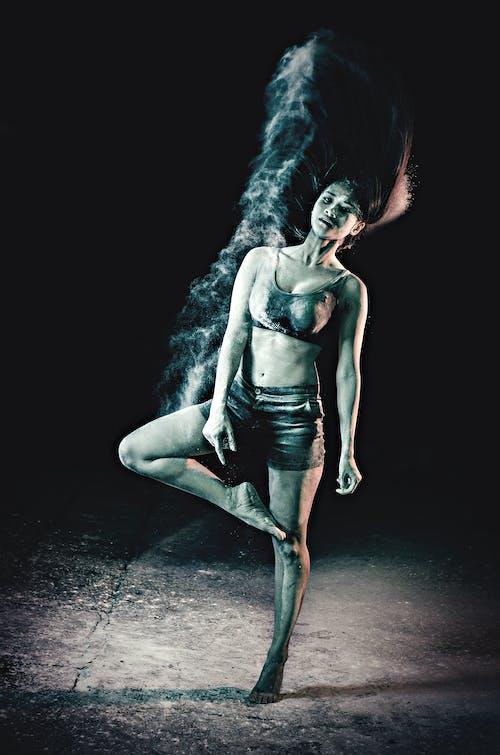dans, dans etmek, dansçı, dişi içeren Ücretsiz stok fotoğraf
