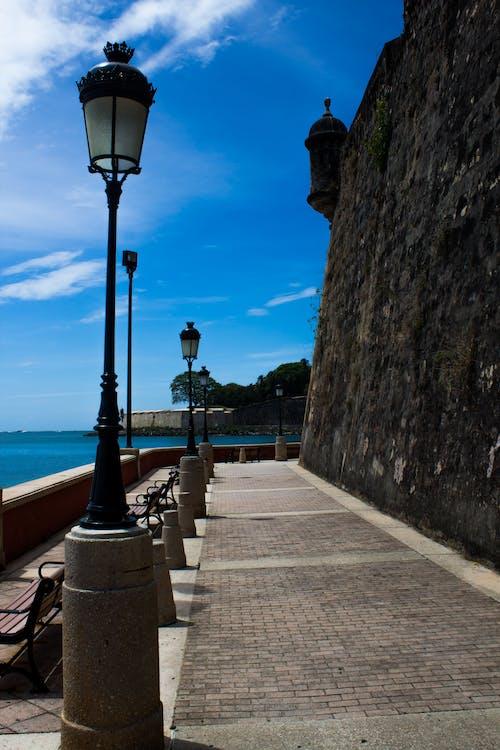 Gratis arkivbilde med gamle fort, gatelys, havutsikt, san juan puerto rico