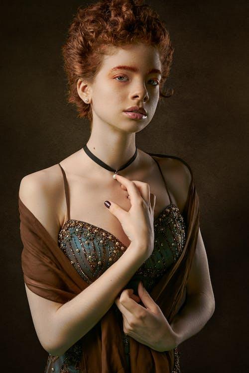 Darmowe zdjęcie z galerii z kobieta, moda, model, modelka