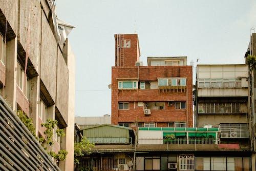 Gratis arkivbilde med anlegg, arkitektur, balkong, betong