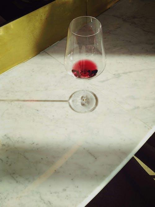 Gratis arkivbilde med alkohol, bord, drikke, feiring