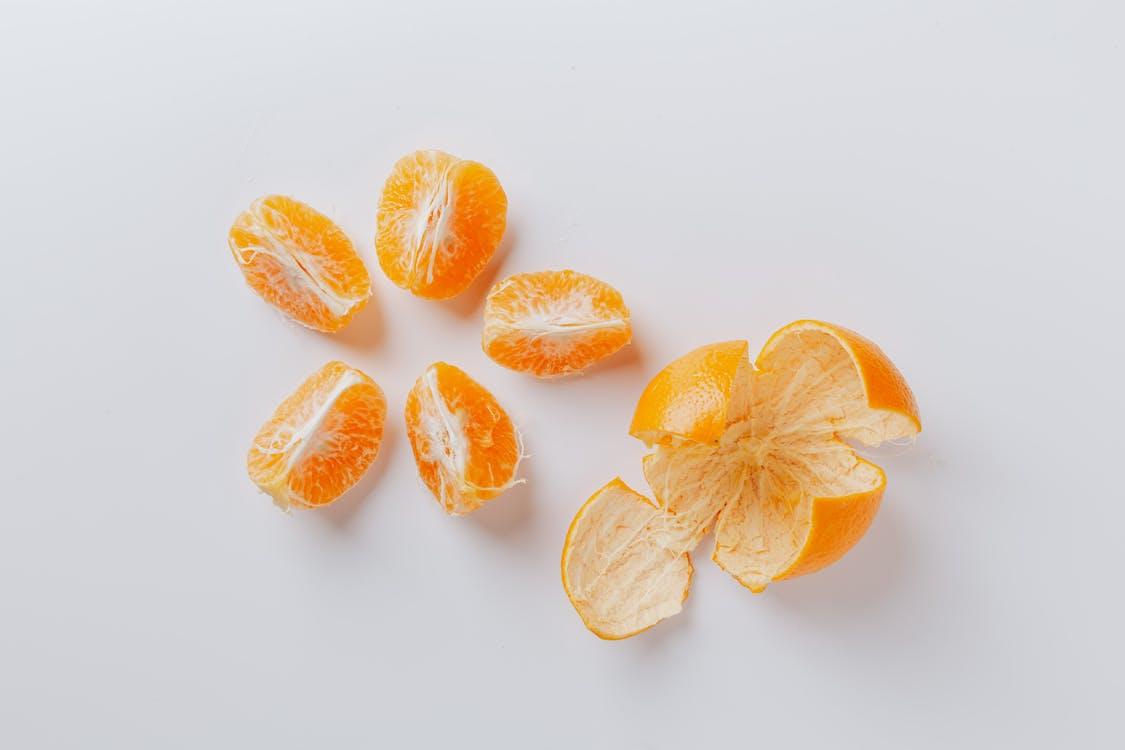 Peeled fresh juicy ripe slices of mandarin